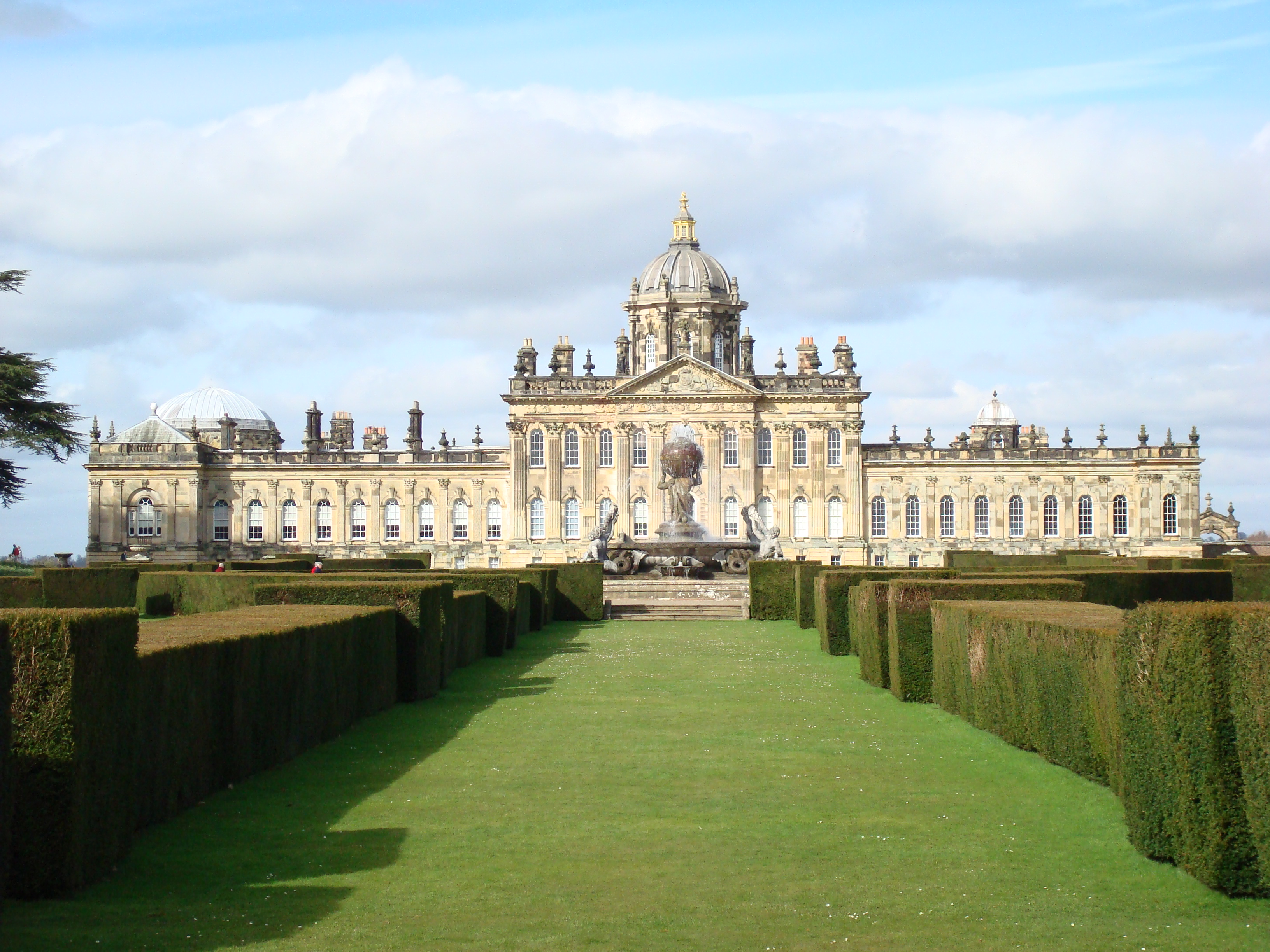castle-howard, How Magnificent Estates Make Wonderful Novel Settings, Roland Colton, @rolandccolton